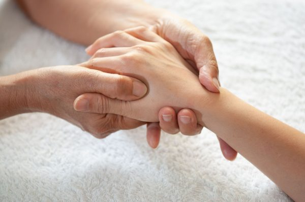 refleksologia dłoni