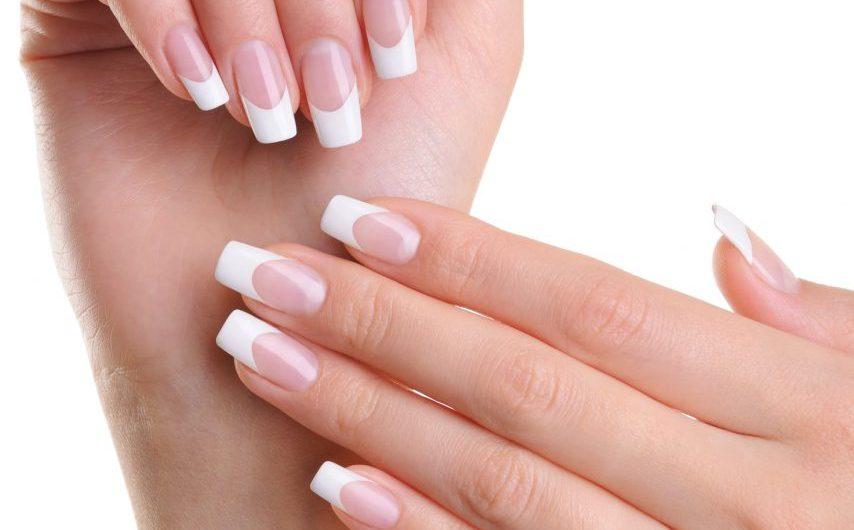 Prostowanie paznokcia – na czym polega?