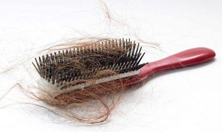 szczotka z włosami